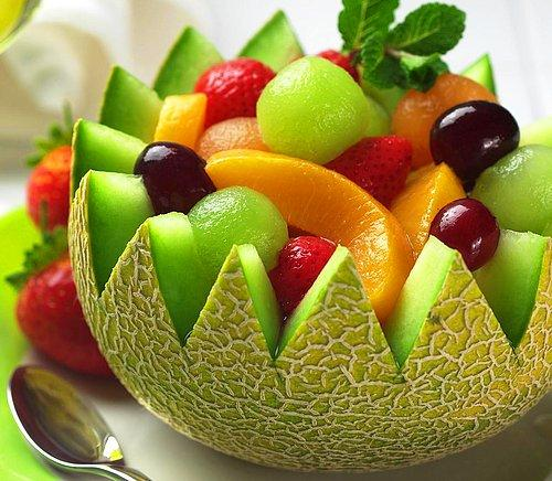 yaz meyvelerini değişik şekillerde sunma ile ilgili görsel sonucu