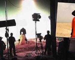 """CyberBerkut isimli Rus hacker grubunun, ele geçirdiği görüntüler """"IŞİD'in 'kafa kesme' videolarının gerçek olmadığı"""" ve """"Amerika'da bir stüdyoda çekildiği"""" iddiasını yeniden gündeme getirdi."""