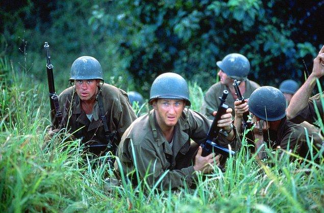 19. İnce Kırmızı Hat (1998)   | IMDb 7.6