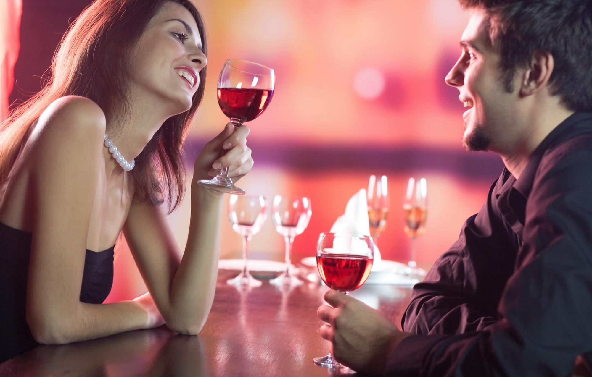 того, девушки сгорающие от нетерпения на свиданиях секс