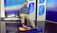 İmkansızı Ayaklarıyla Gitar Çalarak Başarıyor
