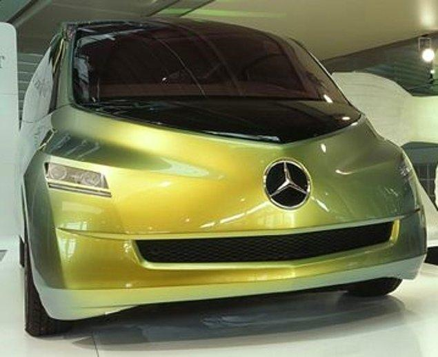 18. Tasarımda da doğadan örnek almaya sıkça başvurulabiliyor. Mercedes'in balıktan esinlendiği bir otomobil tasarımı.