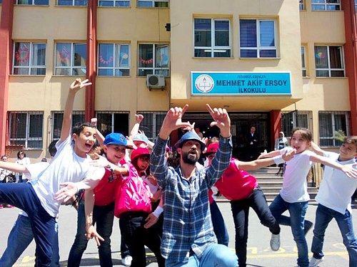 Sıradan Bir Sınıftan Harikalar Yaratan öğretmen Ahmet Naç Onediocom