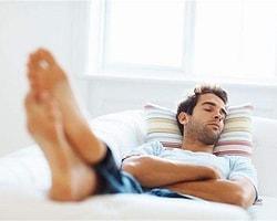 Uykuda Neden Konuşulur? Tedavisi Var Mıdır?
