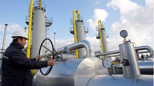 25. Dolayısıyla, Türkiye Rusya'dan gaz almayı durdursa bile, parasını ödemek zorunda.