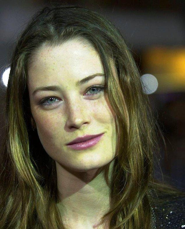 21. Güzeller güzeli bir model ve oyuncuydu: Lucy Gordon