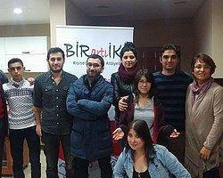 Türkiye'de İşaret Dili ile Oynanan Çocuk Oyunundan 8 Kare ve Bilgi