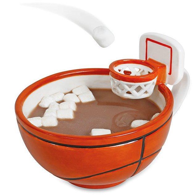 Кружка для игры в мини-баскетбол.
