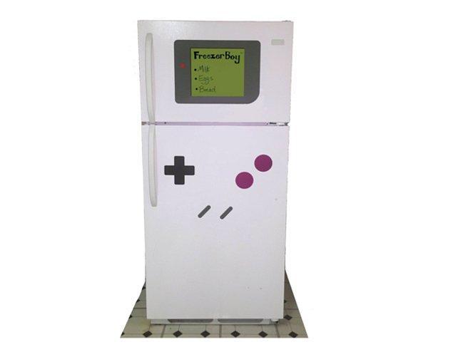 Магниты, превращающие холодильник в Gameboy.
