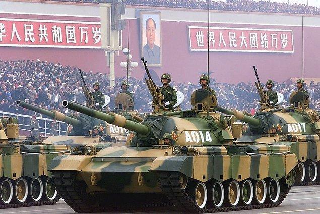 Çin tankları Washington'da! Kaybettin!