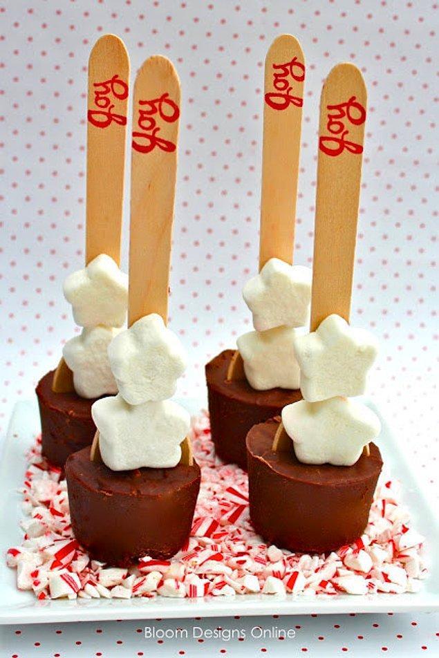Горячий шоколад на палочке.