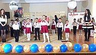 Bakü'de Öğrenciler Dünyaya Barış Gerekir Dediler