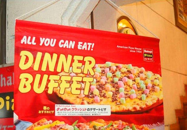 13. Garip malzemelerle yapılan pizzalar...