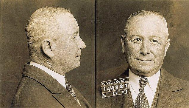 6. Frankie Yale, Capone'a karşı çıkan çeteden birini hastahanelik edince işlerin sakinleşmesi için onu New York'tan Chicago'ya gönderdi.