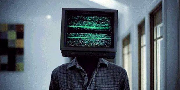 Televizyon İzlemekten Gram Zevk Almayan Kişilerin 15 Genel Özelliği
