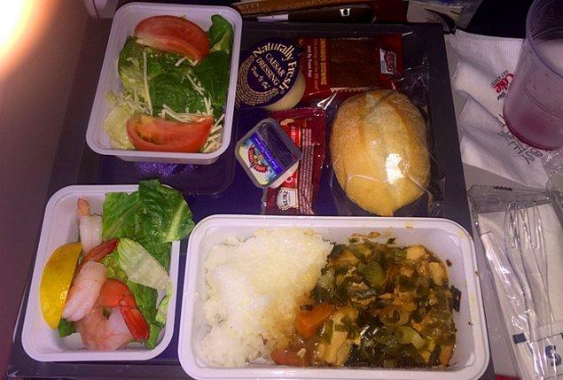 7. Delta Hava Yolları'ndan fazla ekonomik yemek: