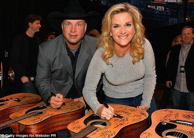 14. Garth Brooks ve Sandy Mal – 125 Milyon $