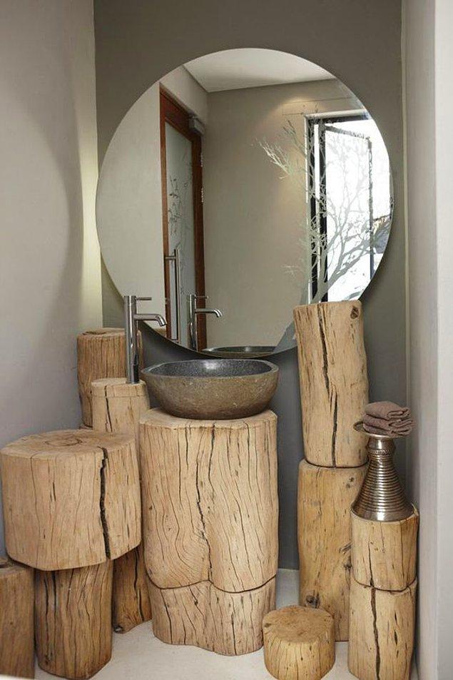 3. En ucuz banyo dolabı bin TL, ama bak köyden bulacağın 3-5 kütüğe cila atsan bedava.