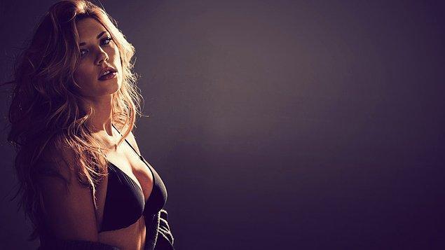 1. Karşınızda ekranların en güzel kadınlarından biri olan, güzellikte çığır açmış Katheryn Winnick.