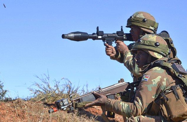 Afrika'da yoksulluk silahlanma yarışını önlüyor