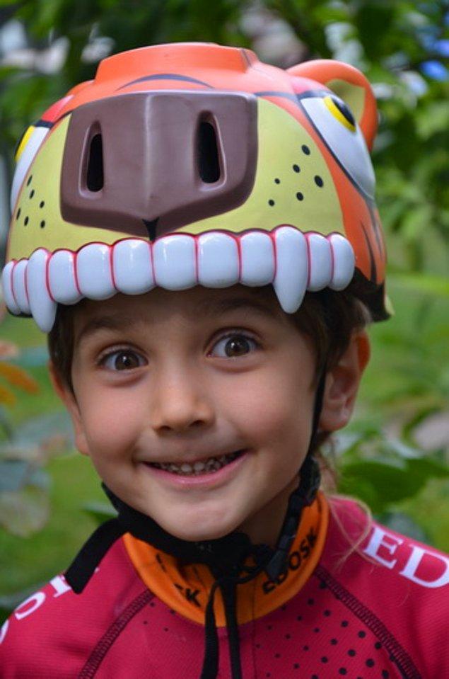 9. çocuklar için tasarlanmış harika kasklar ile ikna edebilirsiniz. Sonraki adım,