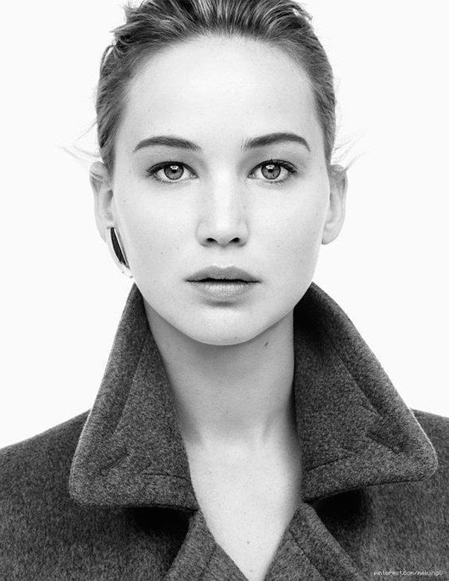 O da yetmiyorsa Jennifer Lawrence'ın gözlerine bakın... Anladınız mı?