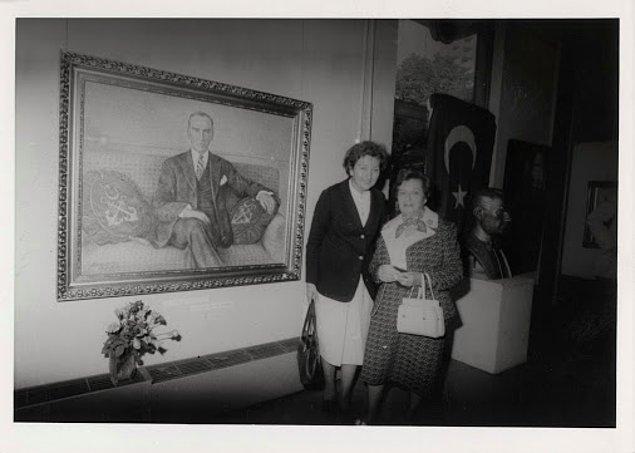 Ressam Sabiha Rüştü Bozcalı (sağda)