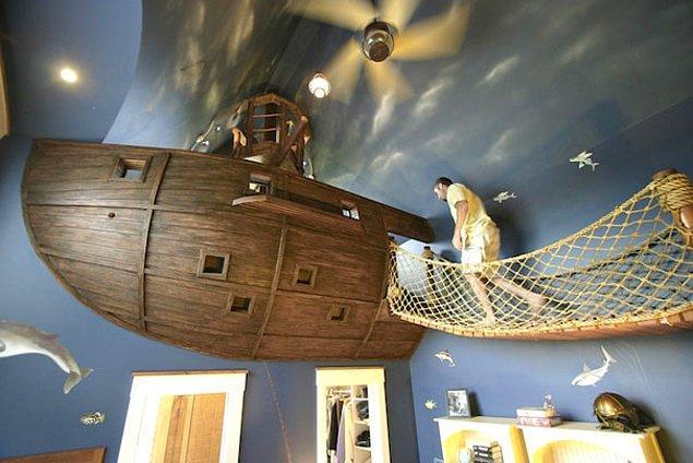 19. Korsan gemisi yatak