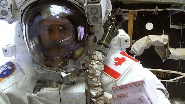 ABD ve Rusya'nın ardından uzaya çıkan üçüncü ülke Kanada'dır, ülkenin 1962 yılında çok gelişmiş bir uzay programı olduğu düşünülmektedir.