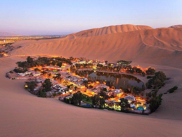Уакачина - оазиси в пустыне в пяти часах от Лимы, Перу.