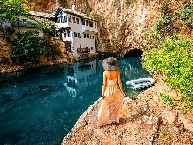 Благай Текке - монастырь Дервишей в Боснии и Герцеговине, где можно полюбоваться рекой Буна.