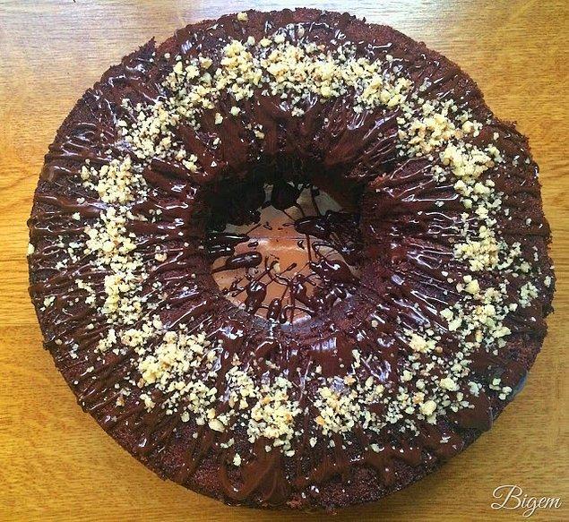 7. Çok Çikolatalı Kek