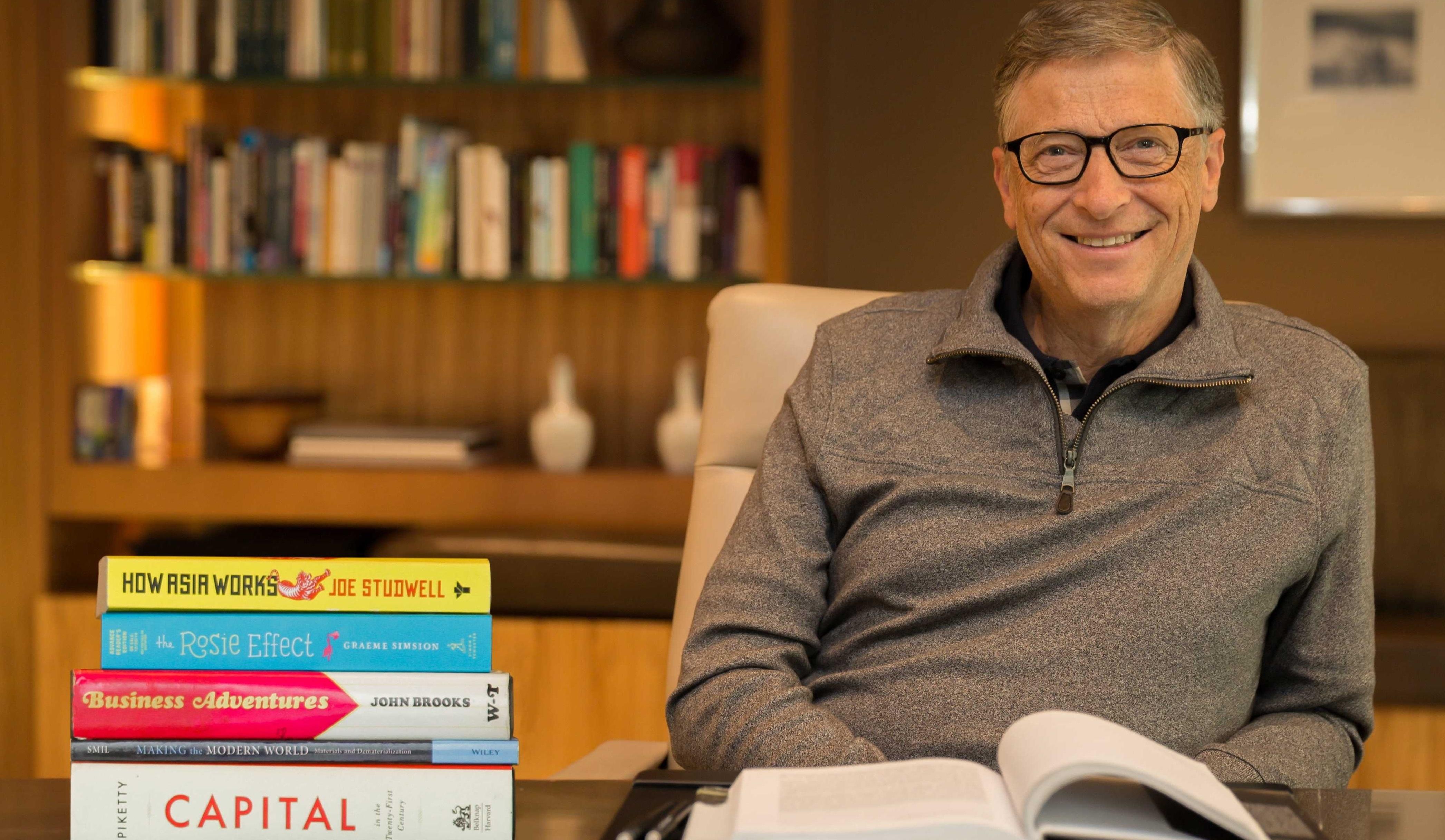 Tam Bir Kitap Kurdu Olan Bill Gates'in İş Hayatındaki Herkese Şiddetle Önerdiği 8 Kitap