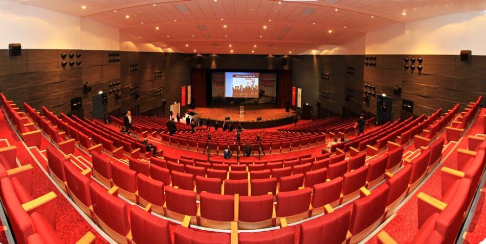 Akbank Çocuk Tiyatrosu'ndan Özel Gösterimler