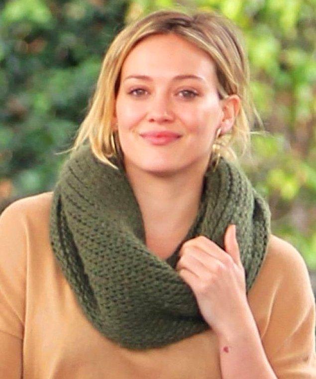 2. Hilary Duff