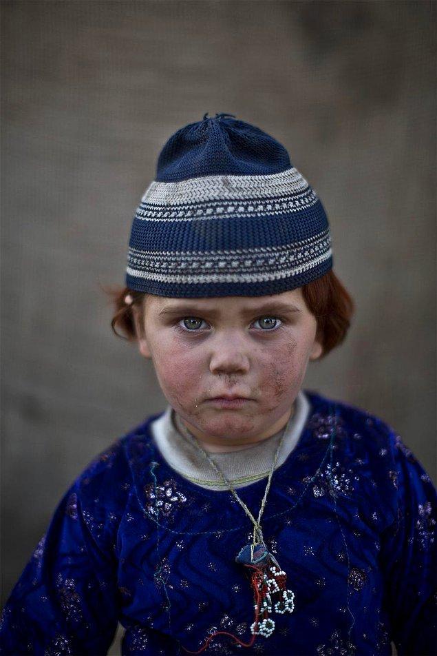 6. Basmina (3), Afganistan
