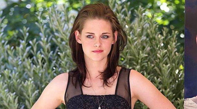 6. Koç burcu kimsenin onun hakkında ne düşündüğünü önemsemez! İşte o umursamazlığıyla Kristen Stewart!