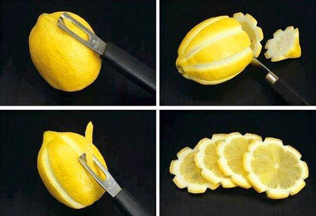 8. Çiçek limon yapmak için limonu böyle kesebilirsiniz.