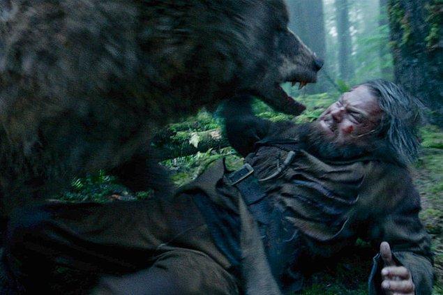 Oscar ödüllü The Revenant (Diriliş) bir ayı saldırısından sağ çıkan bir karakterin hikayesini merkez alıyordu.
