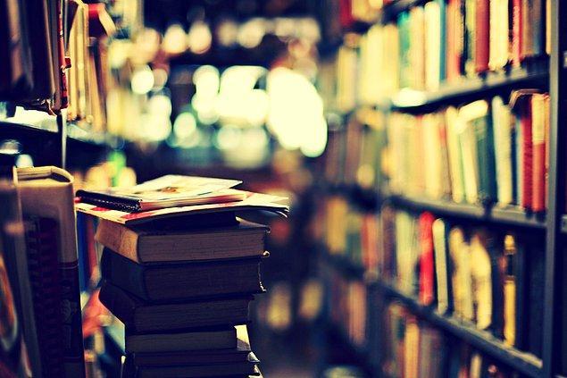 11. İçinde kitap olmayan bir oda ruhsuz bir beden gibidir.