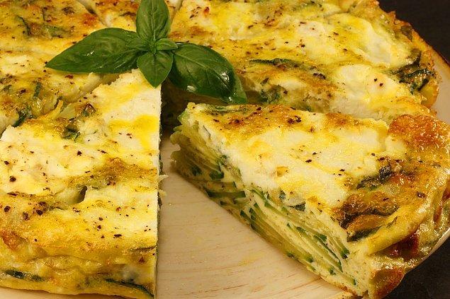 13. Sabah kahvaltısına İspanyol omleti yapmaya ne dersiniz hem de bol kabaklı!