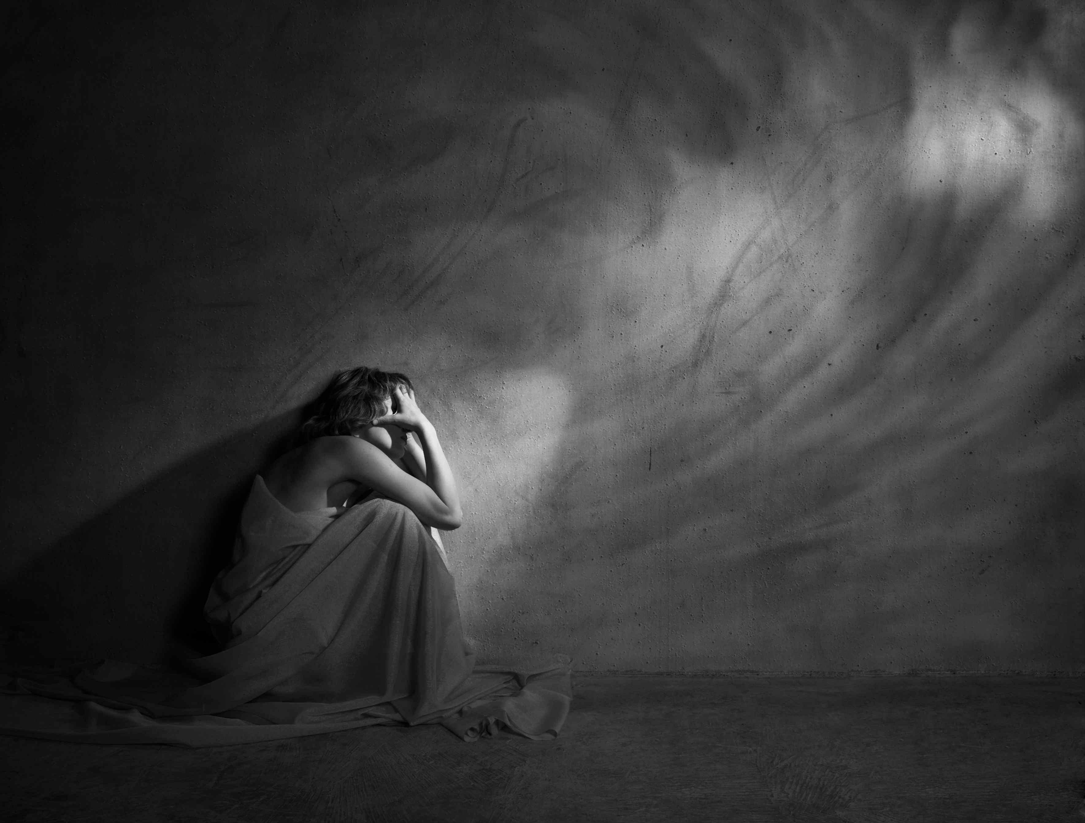 Картинки отчаяние девушка