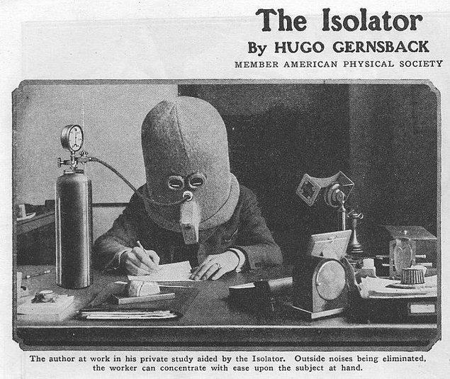 4. Oldukça korkutucu görüntüsüne rağmen Isolator, kişiyi çevreden tamamen soyutlayarak odaklanabilmeyi sağlıyor.