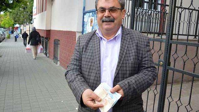 Vergili, 1980'de, harçlığını çıkarmak adına Ankara'da bir inşaatta çalışıyor.