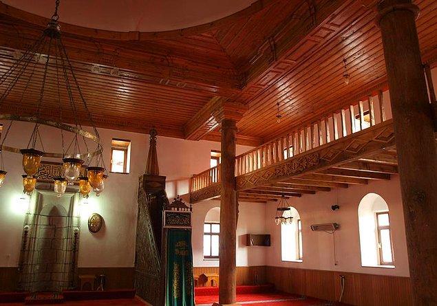 10. Tarihi Camileri.