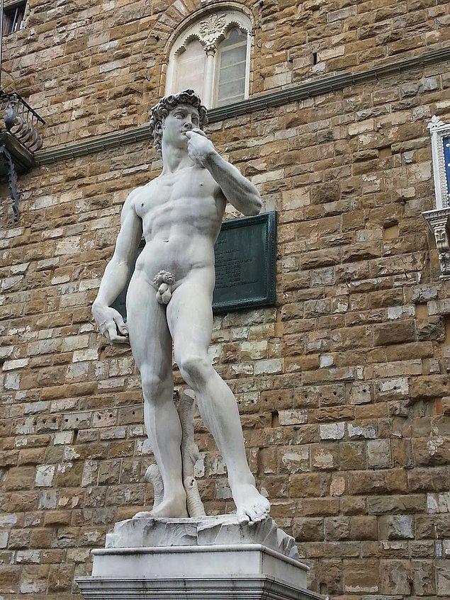 En ünlü çıplak adam: Michelangelo'nun Davud heykeli
