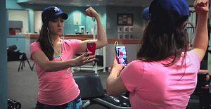 Telefonumuz Elimizdeyken Çekmeden Duramadığımız 12 Selfie Çeşidi