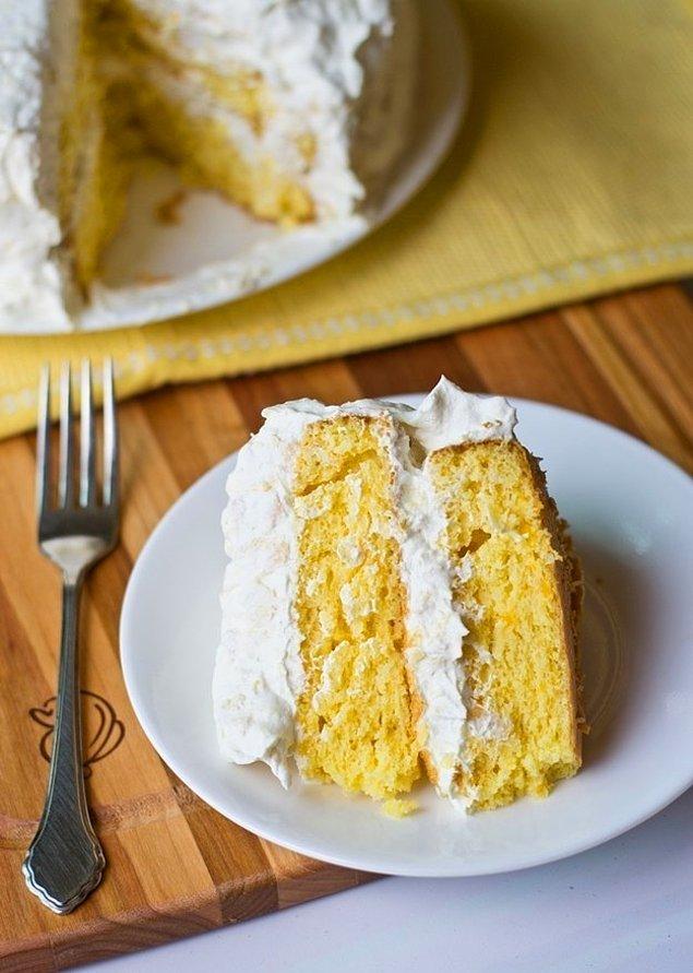 9. Hem ananas hem portakal ikilisiyle bir pastaya ne dersiniz?