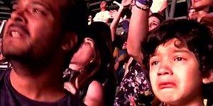 Coldplay Hayranı Otizmli Çocuğun Konserde Döktüğü Mutluluk Gözyaşları Sizi de Ağlatacak