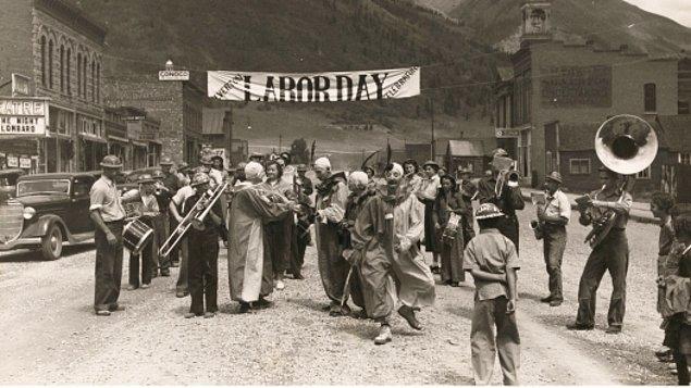 15. Dünyanın bütün işçi ve emekçilerinin dayanışma birlik ve mücadele günü kutlu olsun!
